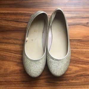 Girls gold dress shoes